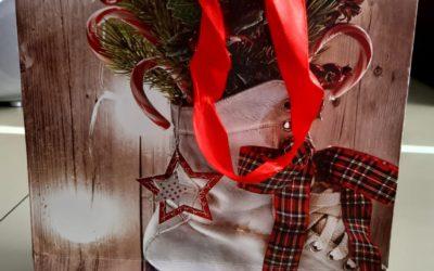CHRISTMAS CARD WINNERS